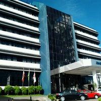 Foto tirada no(a) Cambirela Hotel por Alexandre C. em 12/17/2012