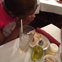 10/9/2015 tarihinde Charity G.ziyaretçi tarafından Salerno's Restaurant'de çekilen fotoğraf