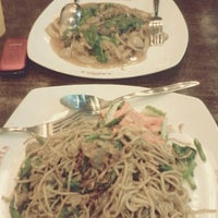 Photo taken at SAIMEN - Bakery, Noodle, Fried Chicken @ Prapto by Dewi P. on 9/1/2013