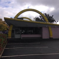 Photo taken at McDonald's by Keisar B. on 10/29/2015