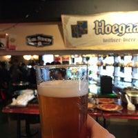 Foto tomada en Beer Saurus por Shinichi O. el 1/25/2015
