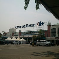 Photo taken at Carrefour by Aris Y. on 10/23/2012