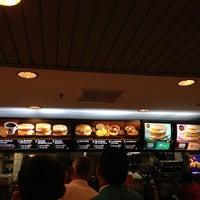 Photo taken at McDonald's & McCafé by CHÕõtÝ A. on 11/14/2012