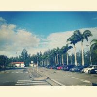 Das Foto wurde bei Tanah Merah Ferry Terminal von Denny D. am 11/4/2012 aufgenommen