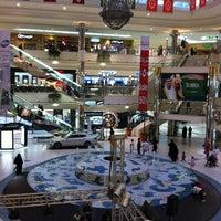 รูปภาพถ่ายที่ Al Rashid Mall โดย Jackal Y. เมื่อ 1/18/2013