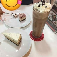 Photo taken at Secret Recipe by Mike_Hotel_Alpha on 11/5/2017