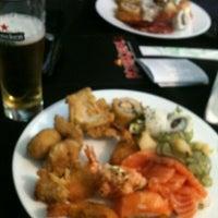 Foto tirada no(a) Keiken Sushi Bar & Restaurante por Marcos P. em 12/14/2012