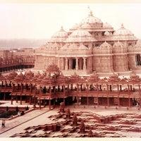 Photo taken at Swaminarayan Akshardham by TJ G. on 10/4/2012