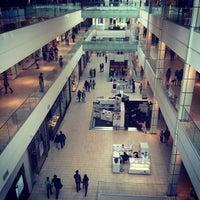 Foto tomada en Mall Plaza Egaña por Rodrigo C. el 9/28/2014