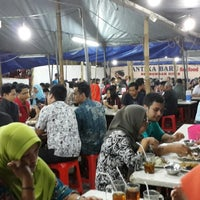 Photo taken at Benhil Santika Baru Seafood (Jakarta Capital Region) by Amerikanuddin Z. on 8/1/2014