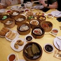 Photo taken at Swatow Seafood Restaurant 汕头海鲜 by Jason A. on 5/14/2017