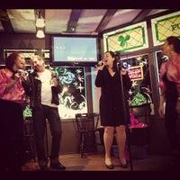 Photo taken at Durty Nelly's Irish Pub & Restaurant by Vivie S. on 12/2/2012