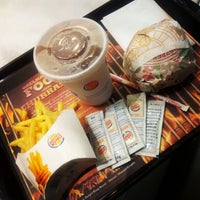 Foto tirada no(a) Burger King por Pablo L. em 1/18/2013