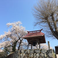 Photo taken at 浄休寺 by hiro on 4/25/2014