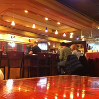 Photo taken at Red Robin Gourmet Burgers by Gilberto J. on 12/22/2012