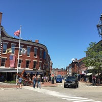 Photo taken at Downtown Portsmouth by Jesika M. on 7/2/2017