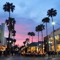Photo taken at Third Street Promenade by Chum W. on 5/28/2013