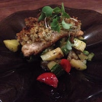 Foto tomada en Greens Organic Restaurant por Chum W. el 7/8/2013