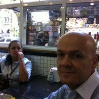 Снимок сделан в Lanchonete Taloá пользователем Alexandre Cordeiro O. 10/3/2012