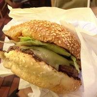Photo taken at Hamburgers by Breno M. on 6/10/2013