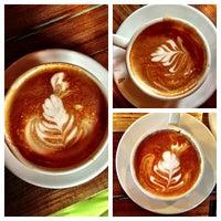 Das Foto wurde bei Pablo's Coffee von Leonardo D. am 12/15/2012 aufgenommen