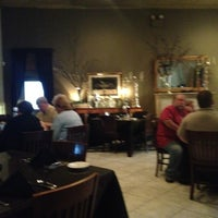 Photo taken at Leeds Restaurant & Lounge by Cathe S. on 9/22/2012