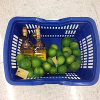 Photo taken at Carrefour unicentro by Andres M. on 5/24/2014