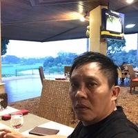รูปภาพถ่ายที่ Pondok Indah Golf Club House โดย Stanley P. เมื่อ 10/11/2017