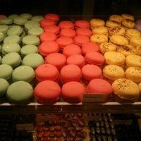 2/11/2013 tarihinde Samson N.ziyaretçi tarafından Bakery Nouveau'de çekilen fotoğraf