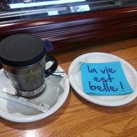 Photo taken at La Cumbre by Javieriti C. on 2/6/2014