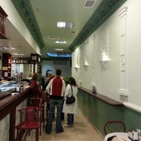 Photo taken at Restaurante Los Fogones by Javieriti C. on 10/28/2012