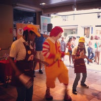 Foto tirada no(a) McDonald's por Bruno P. em 4/1/2013
