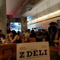 Foto scattata a Z Deli Sandwiches da Pedro B. il 3/13/2018