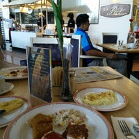 Photo taken at The Bistro Coffeehouse by norzailah a. on 12/10/2014