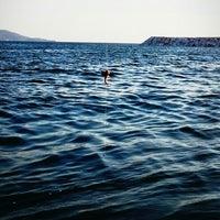 7/20/2013 tarihinde semihziyaretçi tarafından Küçükyalı Sahili'de çekilen fotoğraf