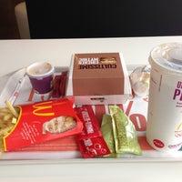 Photo prise au McDonald's par Antonello D. le5/1/2013