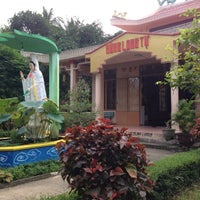Photo taken at Hùng Long Tự by I Can Eat on 12/9/2012