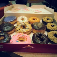 Photo taken at Dunkin' Donuts by Jan on 1/12/2013
