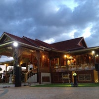 Photo taken at ธรรมานุสรณ์สถาน รัชกาลที่ 5 by Si C. on 11/10/2013