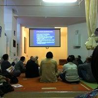 Photo taken at Assalaam Moschee by Amira on 11/11/2012
