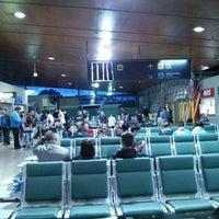 Photo prise au Aeropuerto de Vigo par Edgar G. le4/27/2013