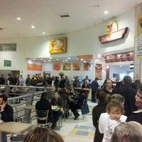 Foto tirada no(a) Supermercado Angeloni por Marcelo S. em 6/21/2013