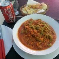 Foto tirada no(a) Casella Pizzas & Pastas por Lui Rogerio S. em 12/7/2012