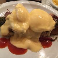 Foto scattata a Sassafras American Eatery da Beth K. il 10/29/2017