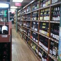 Foto diambil di Windsor Wine Shop oleh Olessya K. pada 1/9/2013