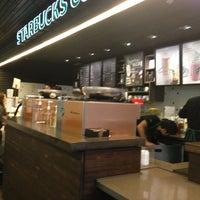 Photo taken at Starbucks by Juan Gustavo C. on 10/26/2012