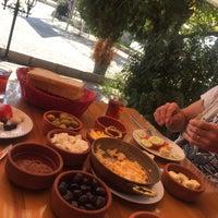 10/5/2016 tarihinde Zeynep K.ziyaretçi tarafından Has Çömlek Kurufasulye'de çekilen fotoğraf