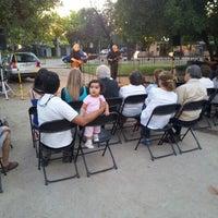 Foto tomada en Plaza Augusto D'halmar por Denisse V. el 12/28/2012