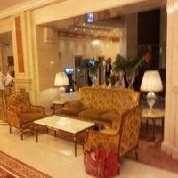Снимок сделан в Премьер Палас Отель пользователем Анна С. 1/30/2013