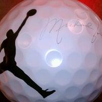Das Foto wurde bei Michael Jordan's Steak House Chicago von Mark T. am 9/24/2012 aufgenommen